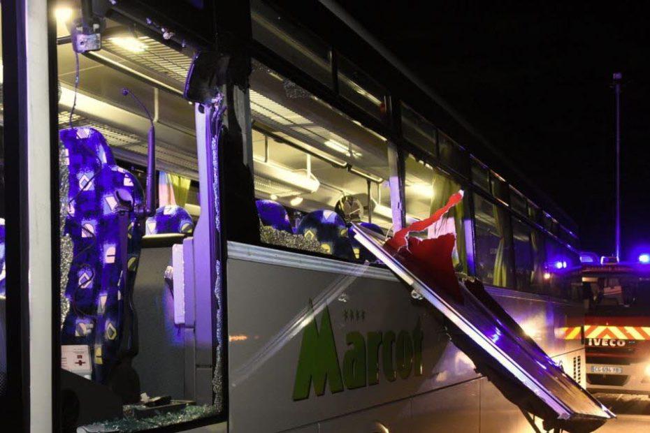 Vosges : accident entre un bus scolaire et un camion à pizza