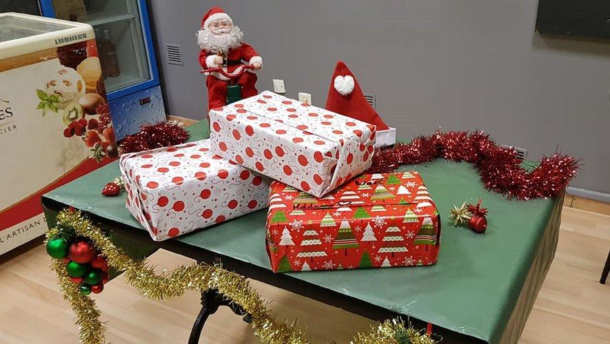 Pizza Line collecte les boîtes de Noël pour les sans-abri